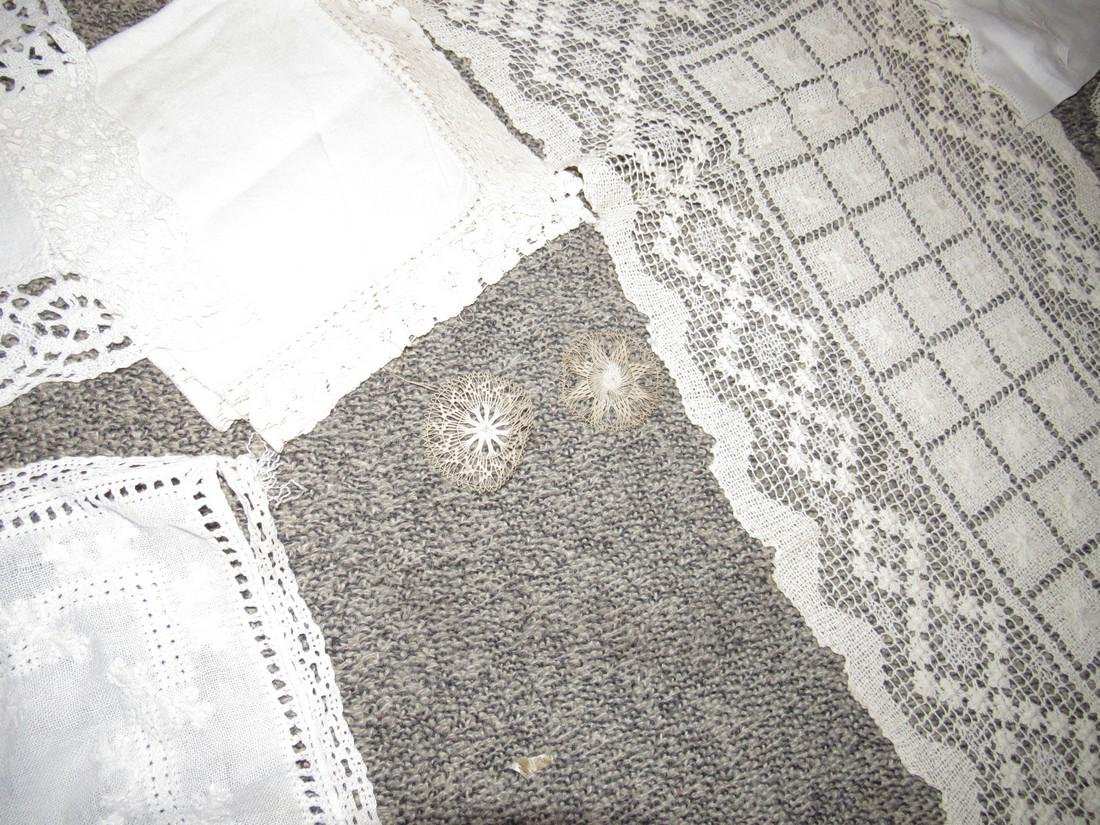 Doilies Table Clothes Runners Napkins Placemats - 3