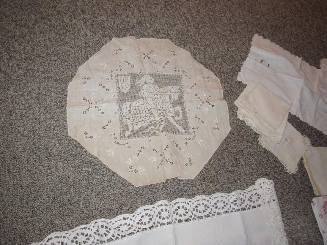 Doilies Table Clothes Runners Napkins Placemats - 4