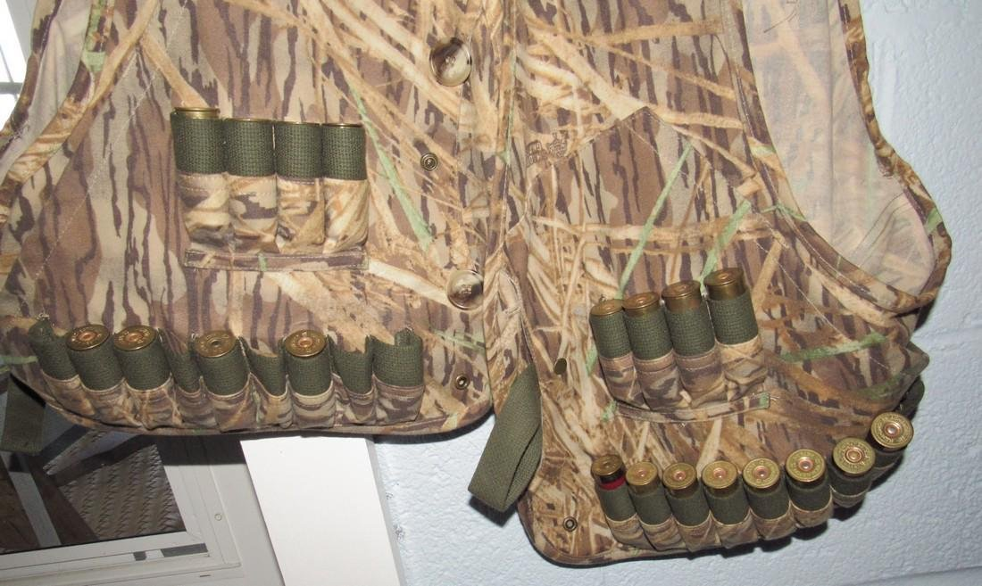 Browning Duck Hunting Vests & Shotgun Shells - 3