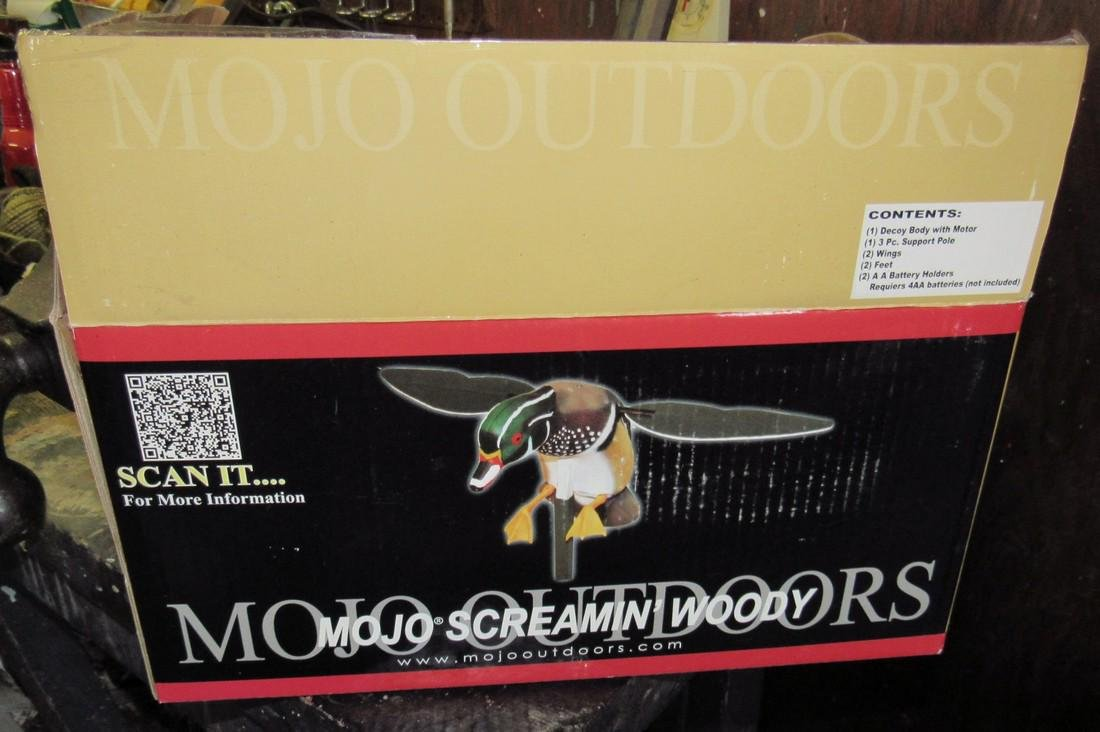 MoJo Screamin Woody Duck Decoy