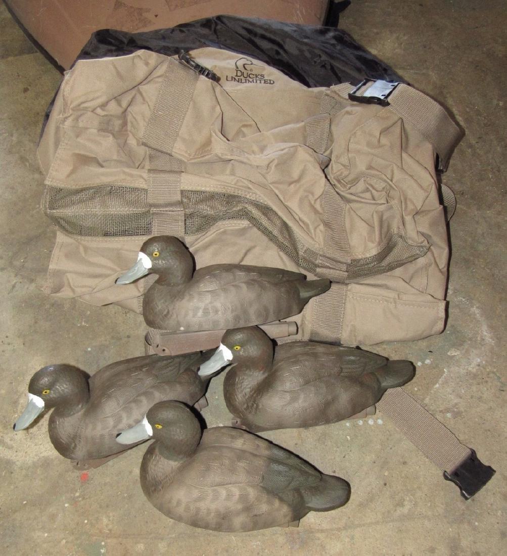 4 Blue Bill Hens & Ducks Unlimited Decoy Bag