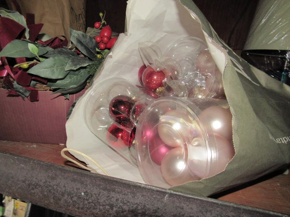 Misc Christmas Ornaments & Decorations - 3