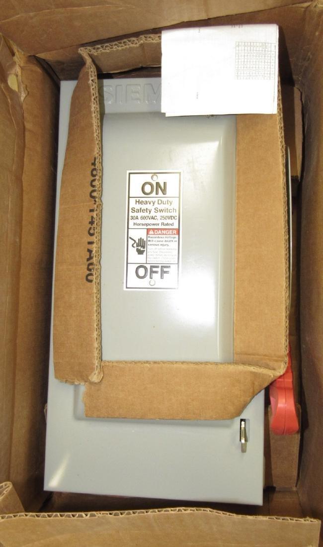 Siemens 30A Heavy Duty Safety Switch