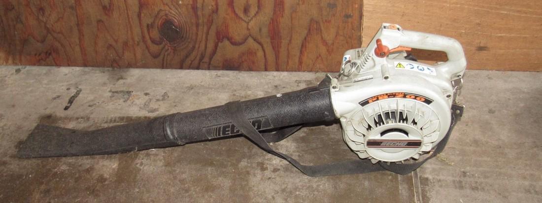 Echo PB-200 Power Leaf Blower Runs !