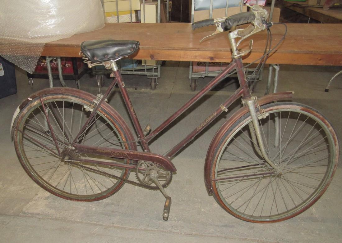 Raleigh Sports Girls Bicycle w/ Schwinn Seat