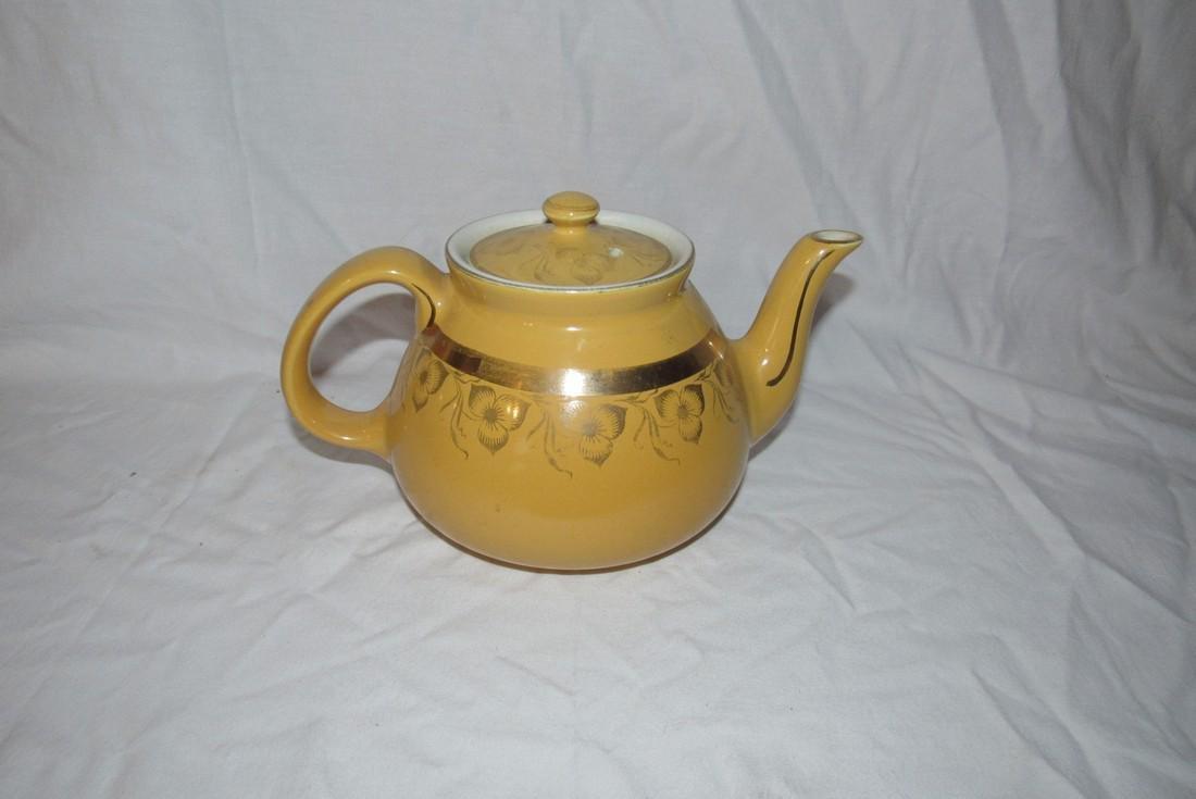 Hall 8 Cup Teapot