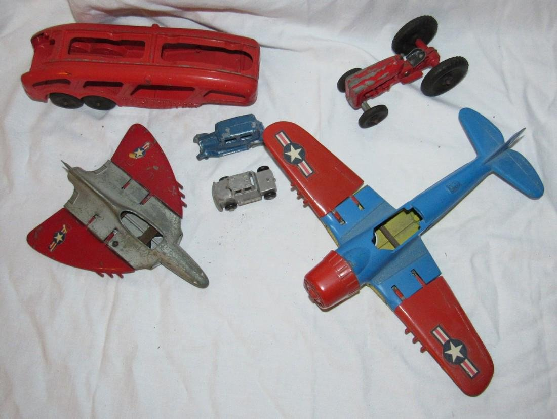 Hubley Airplanes Transport Trailer & Tootsietoy - 2