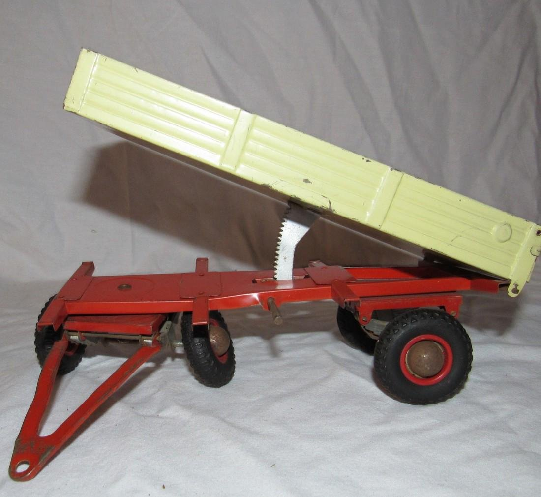 Wind Up Gescha Toy Tractor & Wagon - 8
