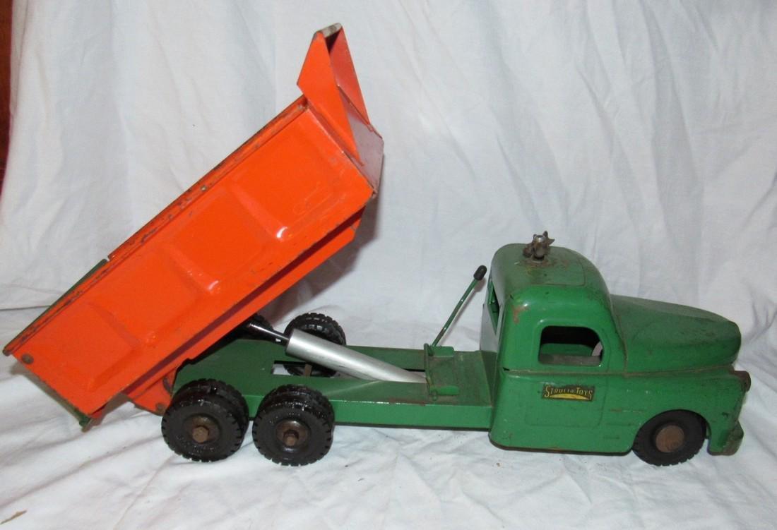 Structo Hydraulic Dump Truck - 7