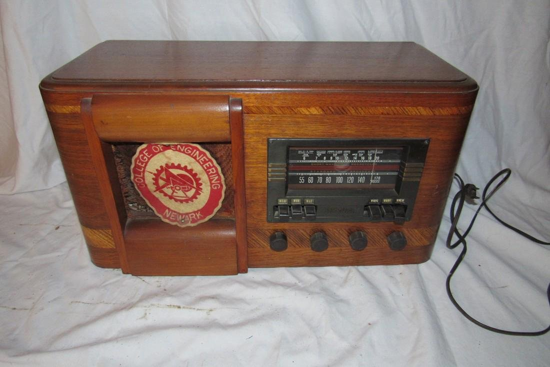 RCA Victor Tube Radio