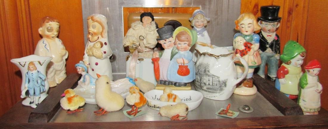 Shelf Contents of Knick Knacks