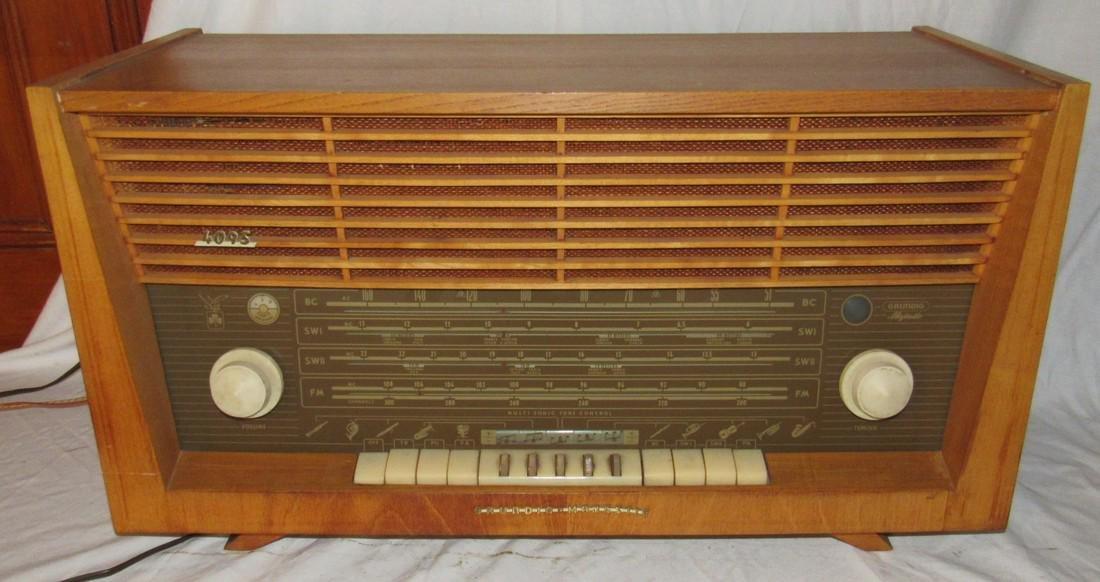 Grundig Majestic 4095 Radio