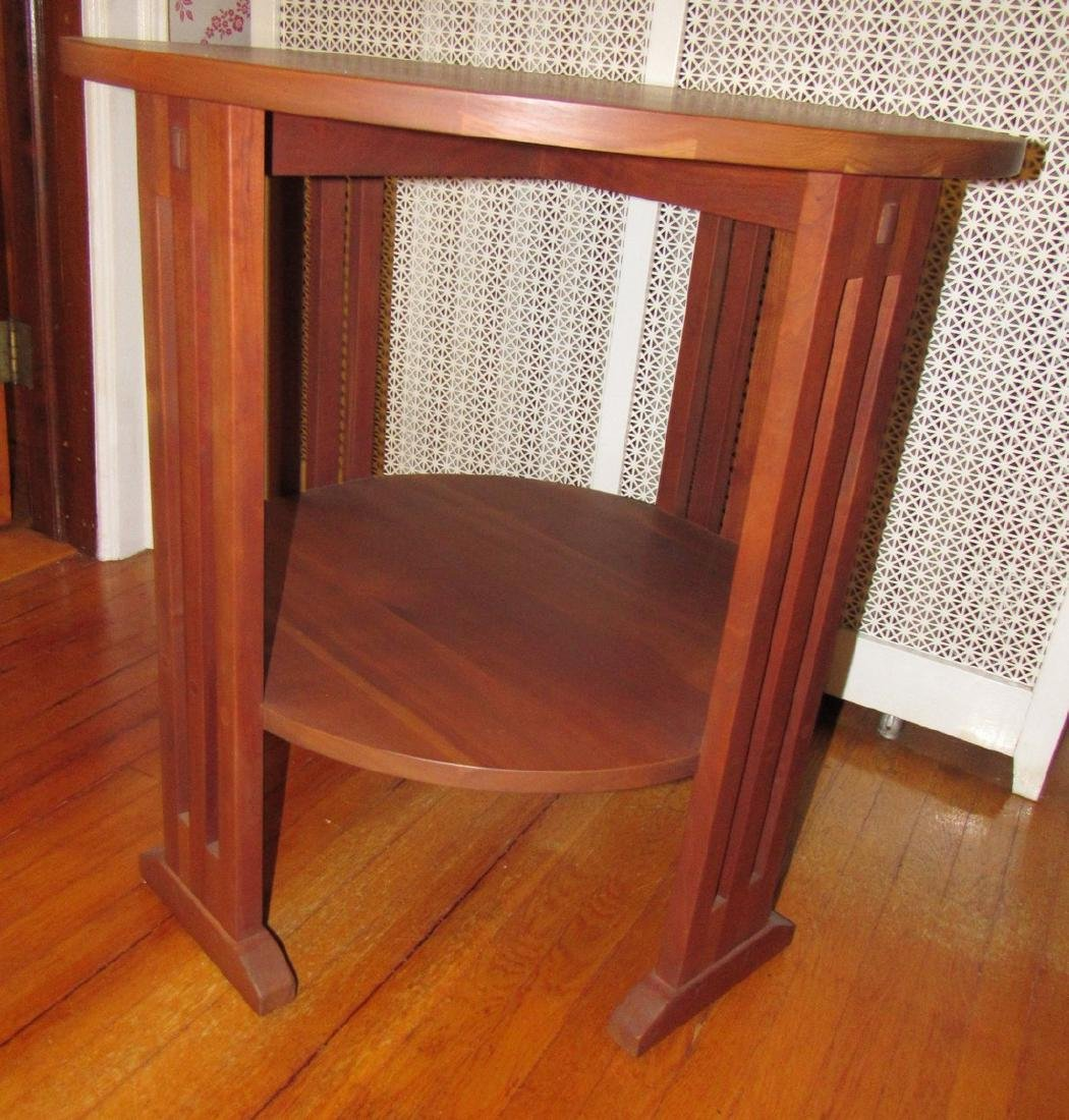 Stickley #703 Round Plant Stand Lamp Table