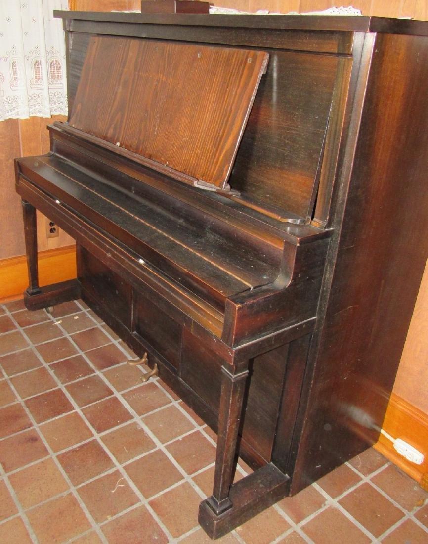 Lauter Humana Piano