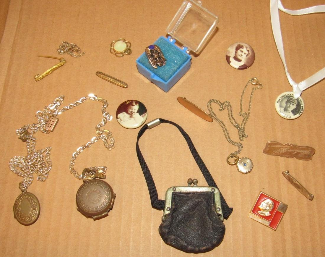 Lockets Pins Doll Purse