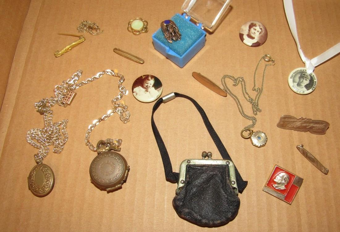 Lockets Pins Doll Purse - 2