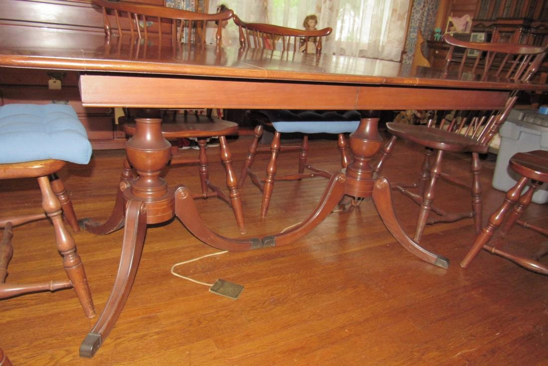 Table & 6 Chairs - 3