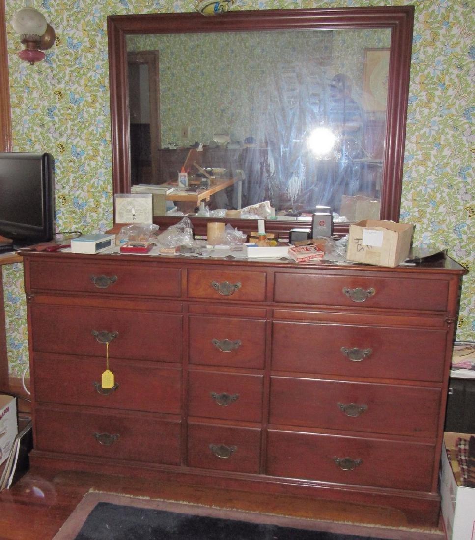 Lewisburg Pennsylvania House 4 PC Bedroom Set - 3