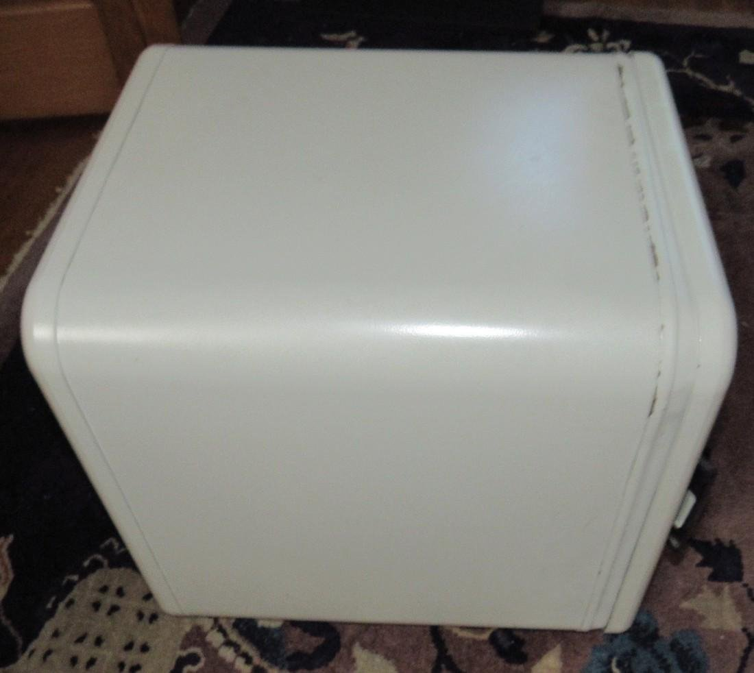 Sentry 1250 Floor Safe with Combination - 2