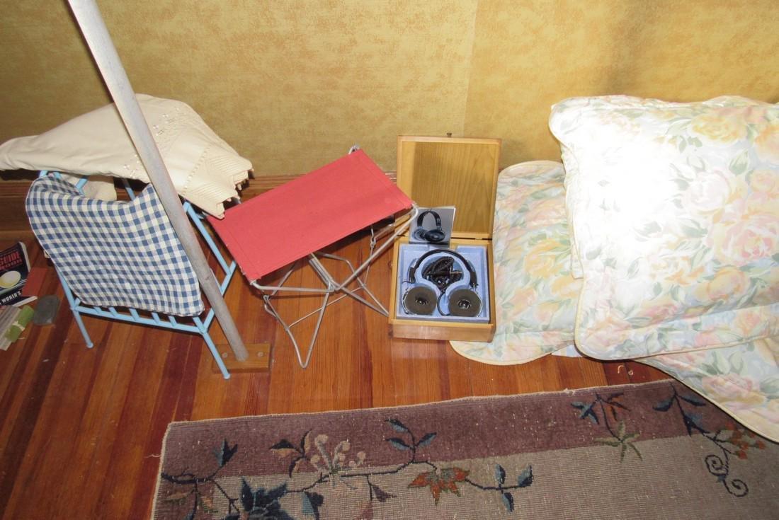 Shoe Stretchers Ties Handkerchiefs Clothes Hangers - 8
