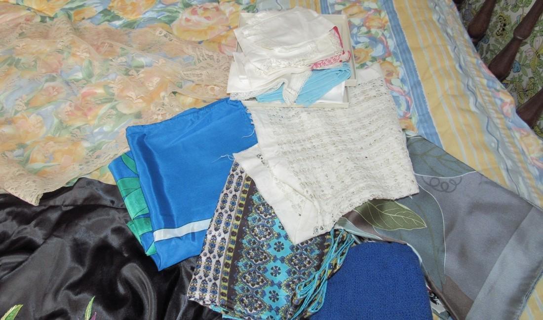 Doilies Linens Lingerie Gloves Handkerchiefs - 3