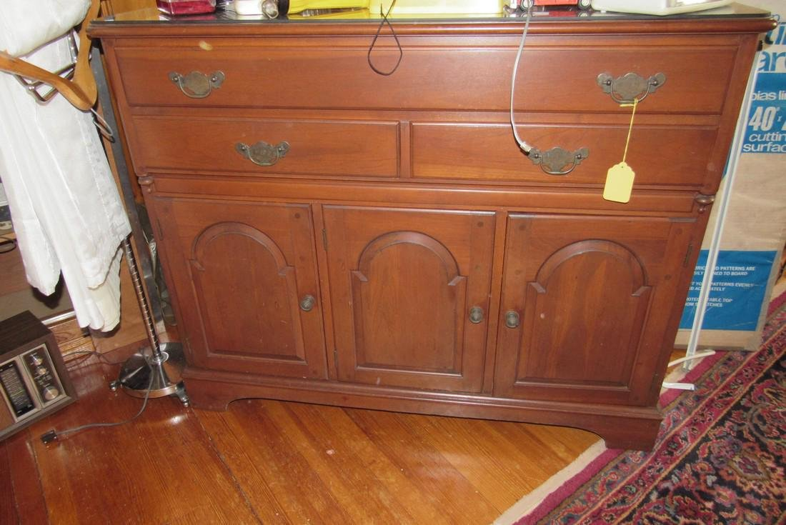 Lewisburg Furnture Co. PA House Reproduction Server - 2