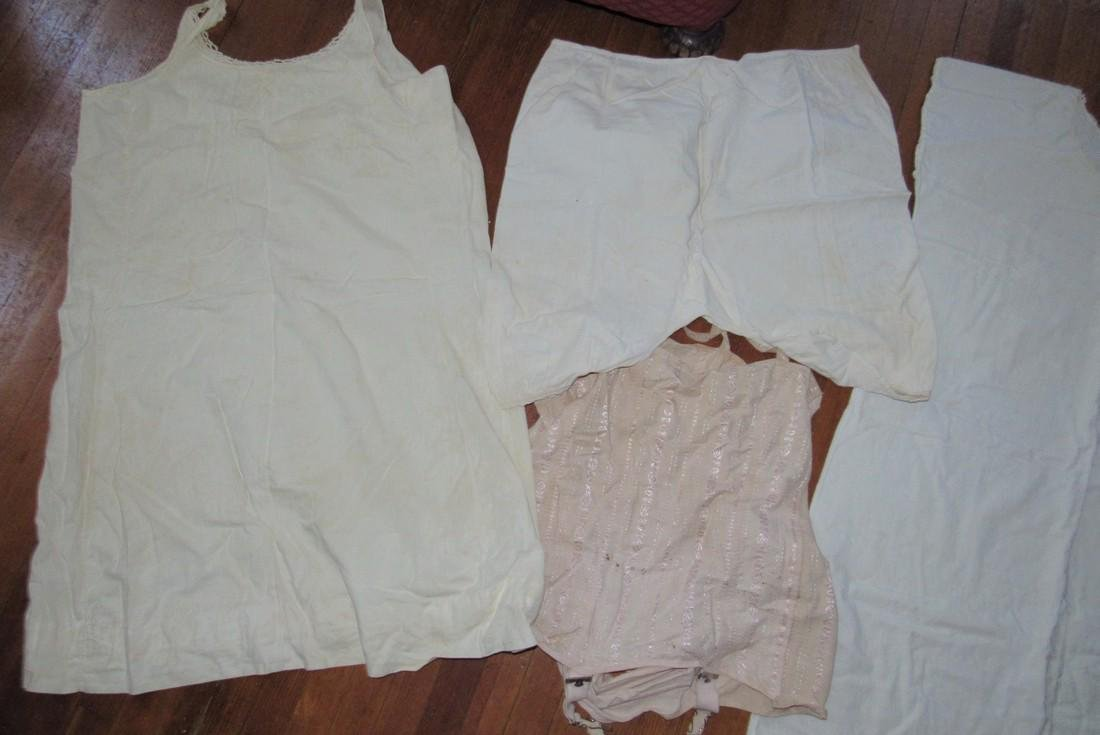 Antique / Vintage Night Gowns & Girdle - 2