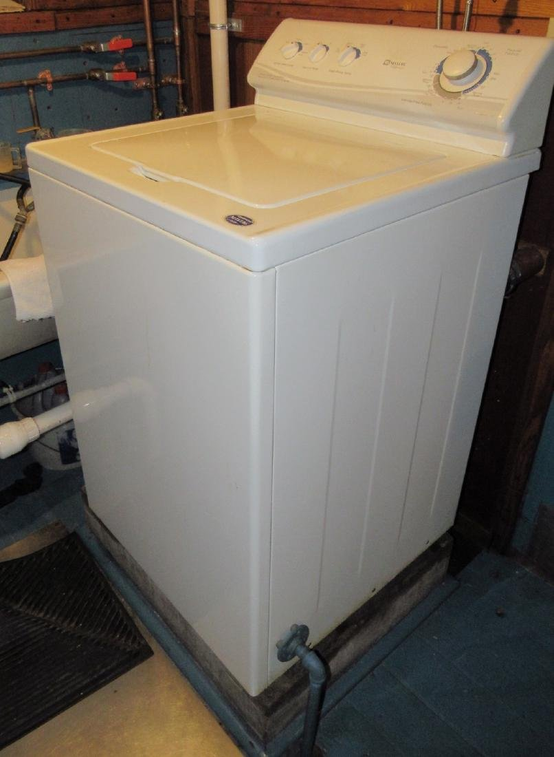 Maytag Performa Oversized Capacity Washer Works !