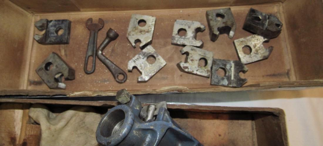 Craftsman 2A Pipe Threader - 4