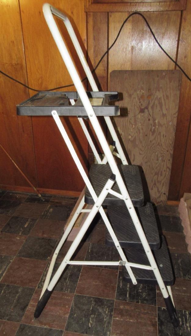 Cosco 3' Step Ladder
