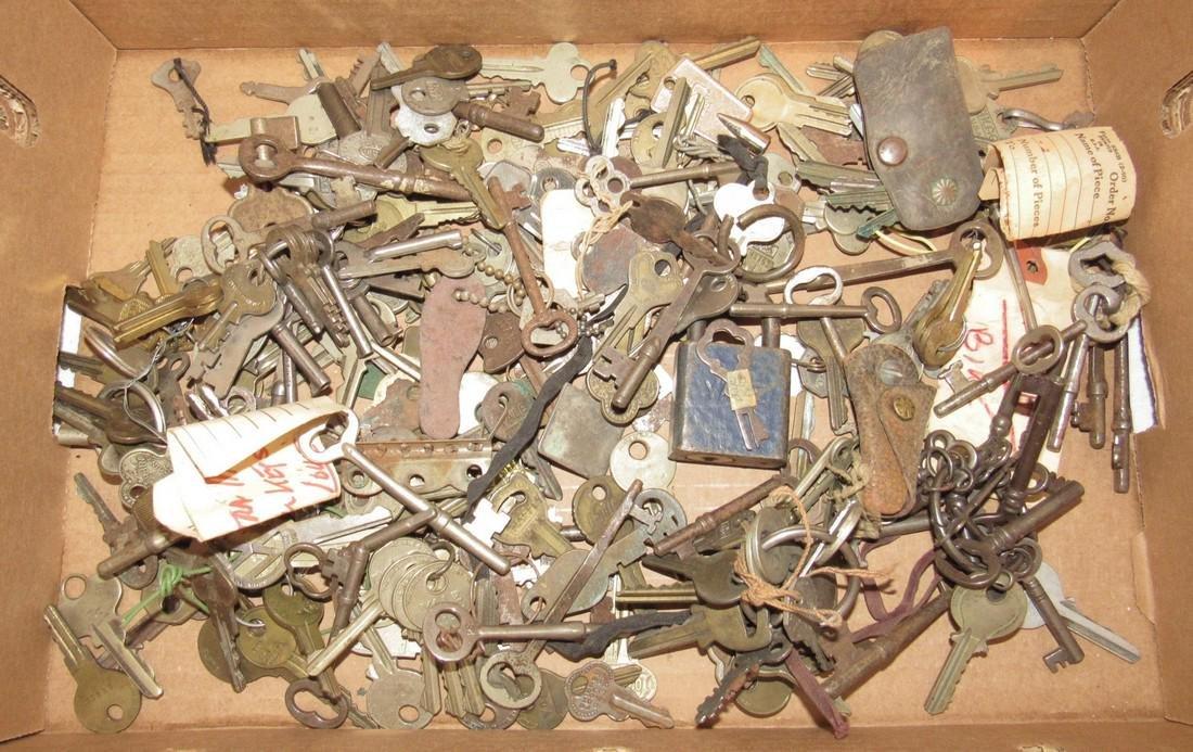 Antique Skeleton & Vintage Keys