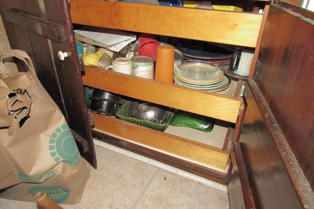Contents of Kitchen - 6