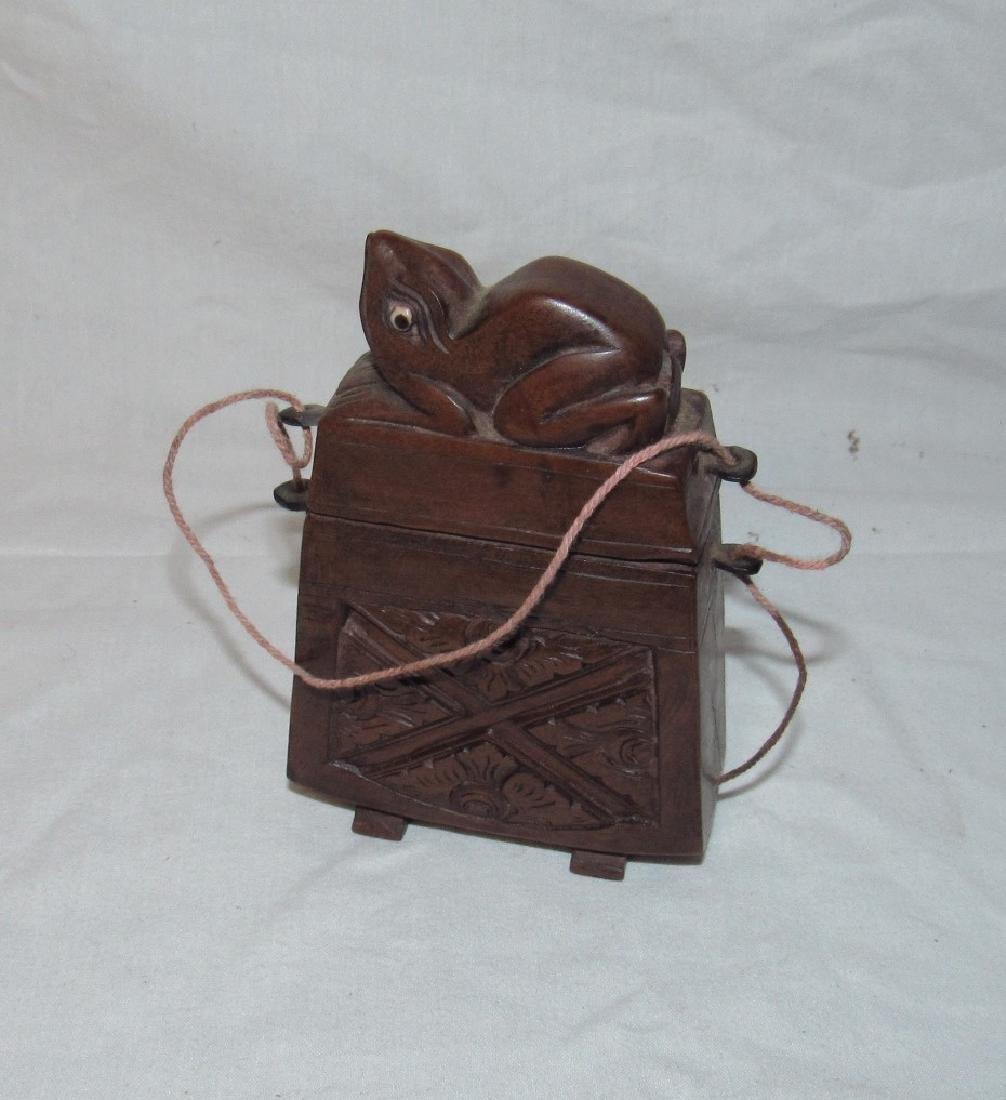 Carved Wooden Frog Cigarette Holder Box - 3