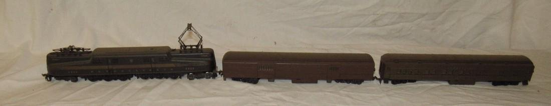 Pennsylvania 4828 Electric Locomotive & Passenger Cars