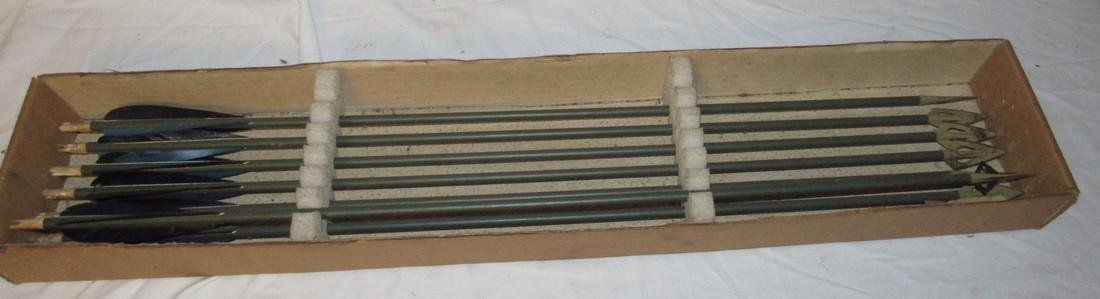 7 Wooden Arrows with Hunting Tips