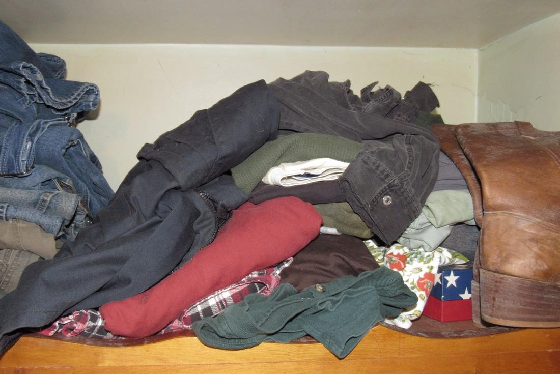 Very Large Lot of Clothing - 4