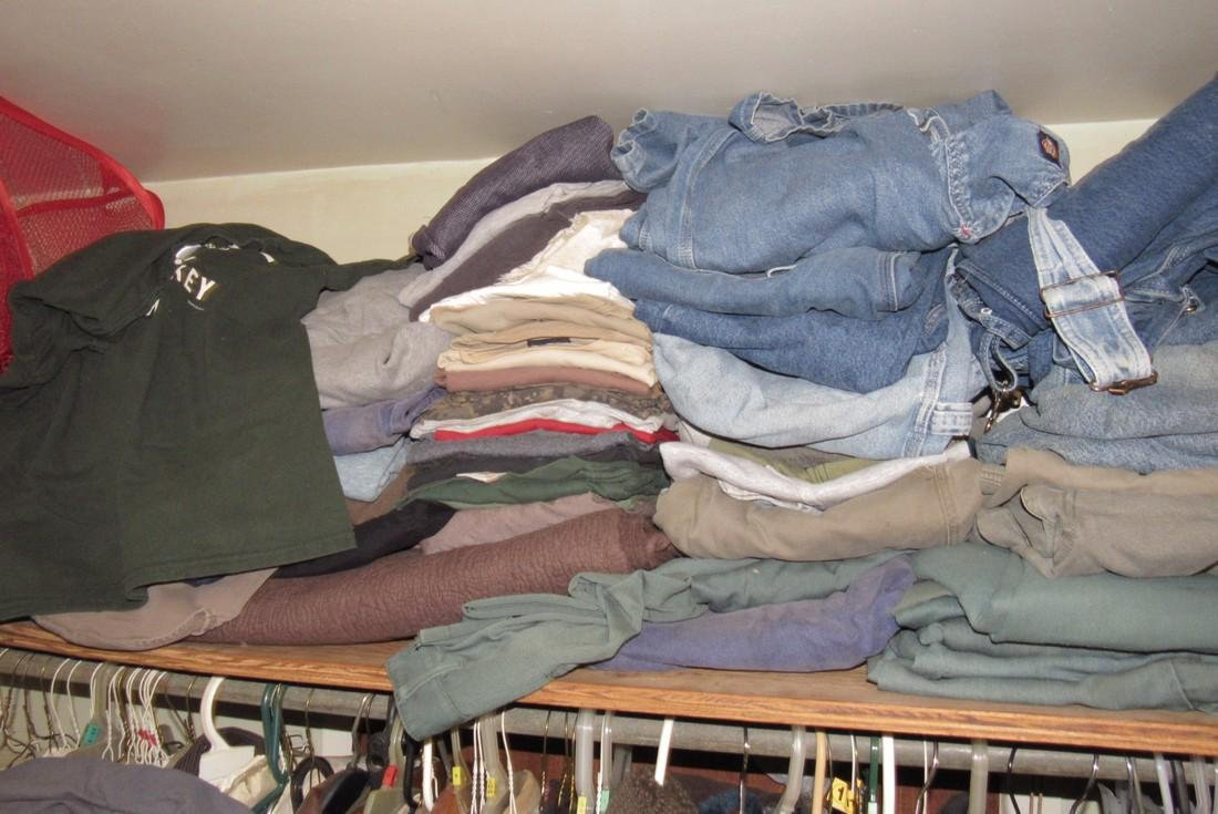 Very Large Lot of Clothing - 5