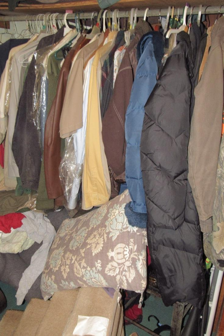Very Large Lot of Clothing - 6
