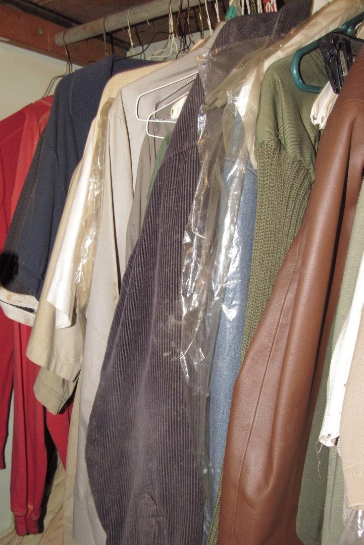 Very Large Lot of Clothing - 7