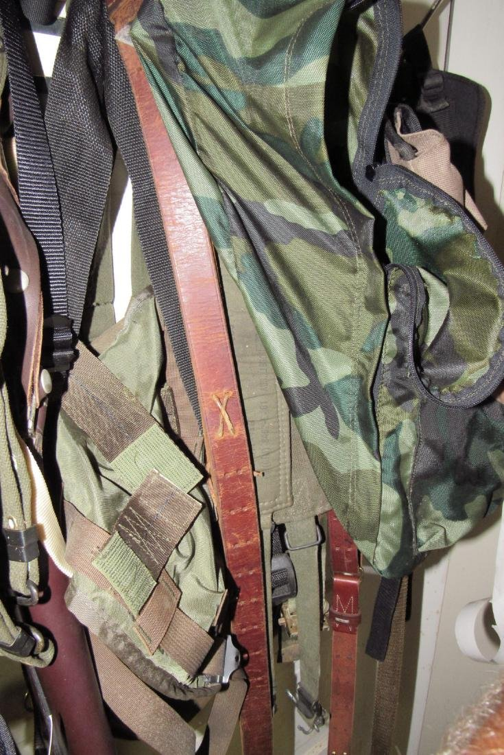 US Leather Pistol Holster Pouches Back Packs - 4