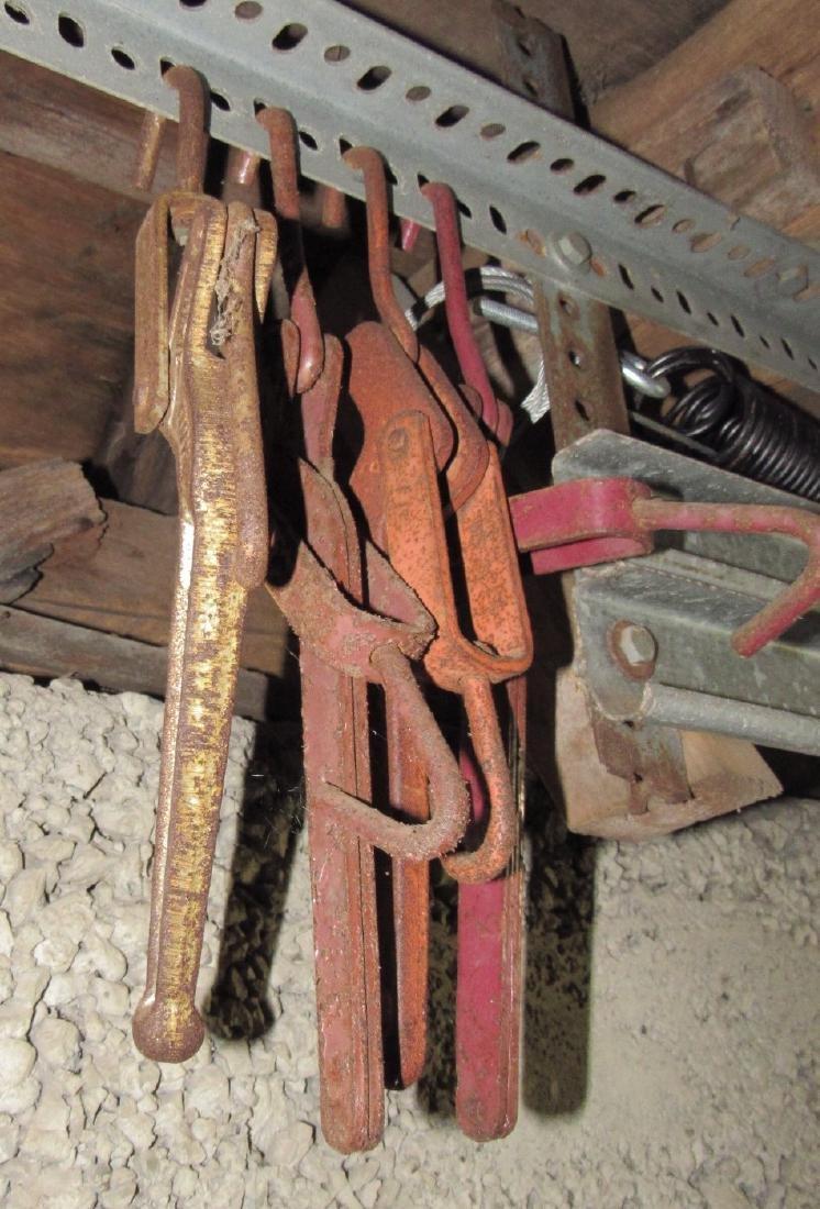 8 Chain Binders & Chain - 3