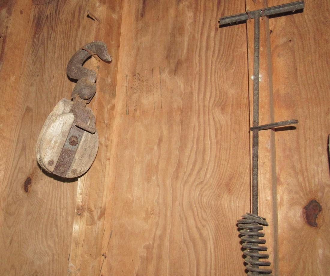Wooden Pulleys Snatch Block & Saw - 3