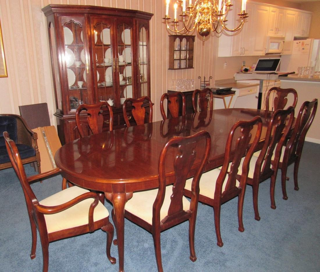Thomasville Hutch Table & 10 Chairs - 3