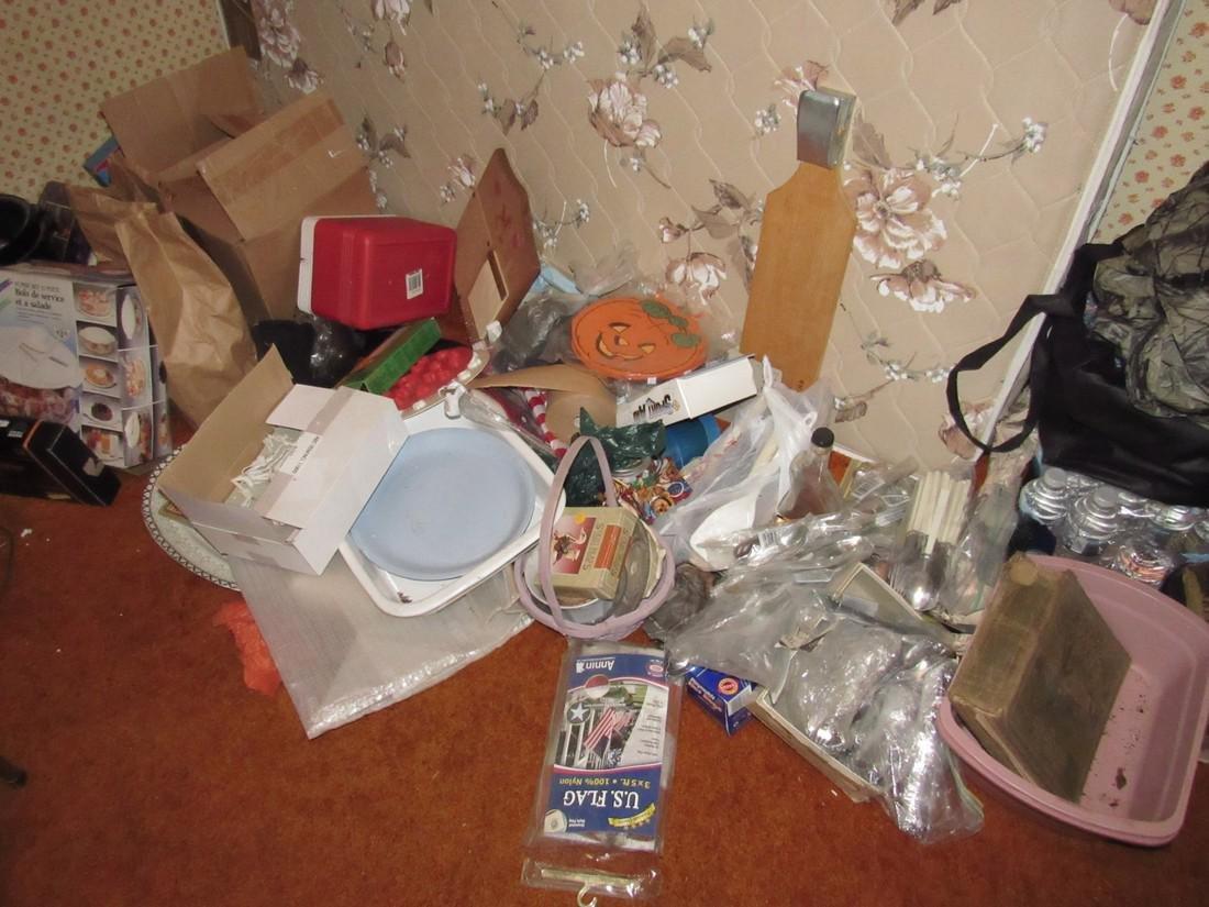 Contents of Bedroom - 3