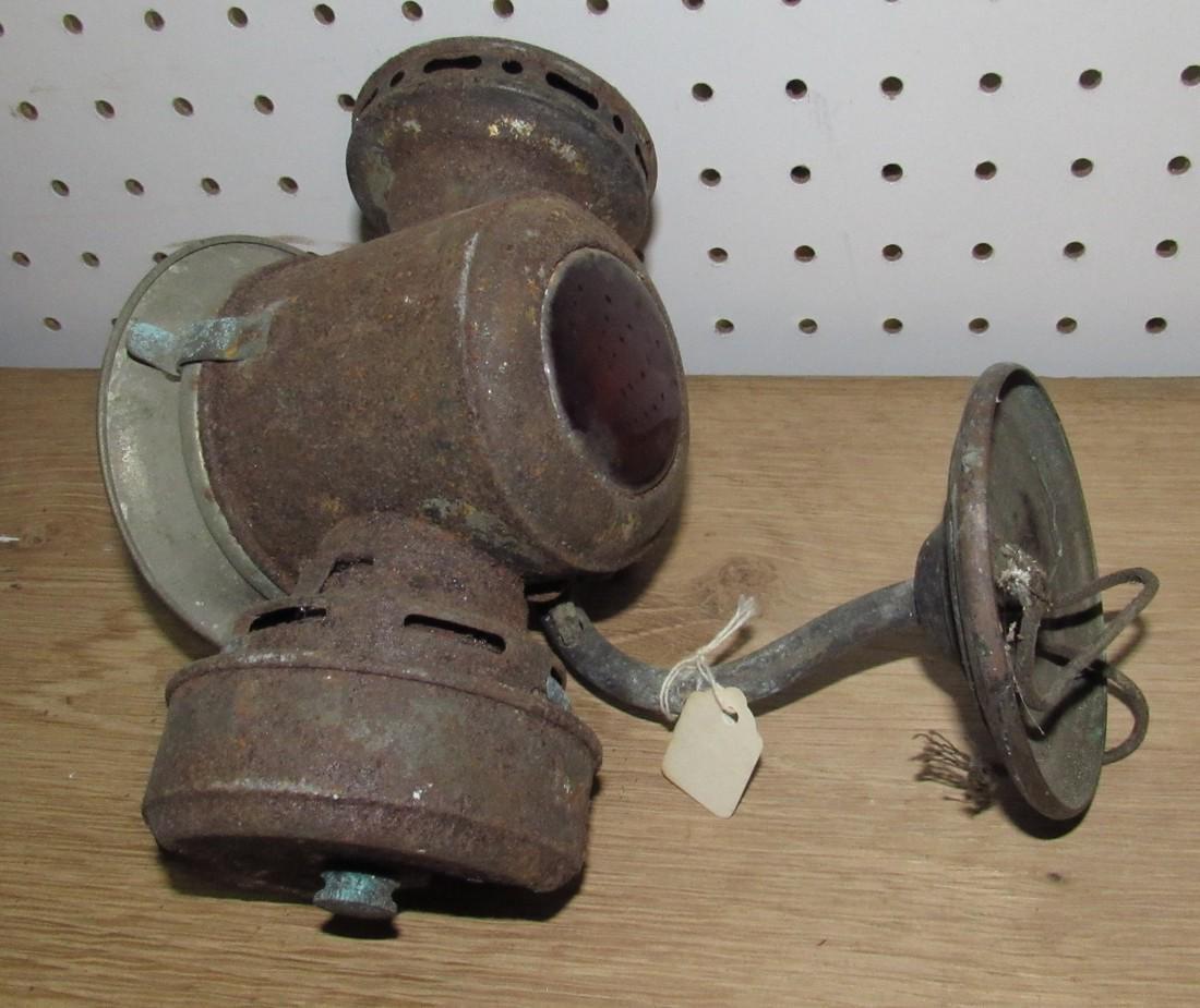 Car Horn & Lantern - 2