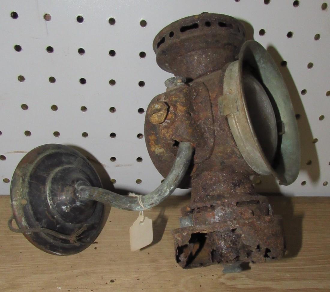 Car Horn & Lantern - 4