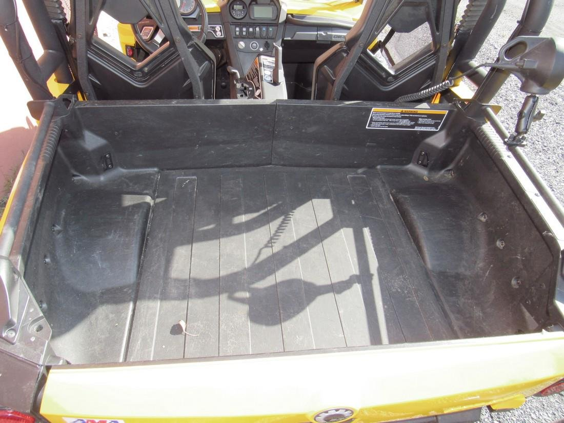 2013 Can Am Commander XT 1000 Side by Side ATV - 6