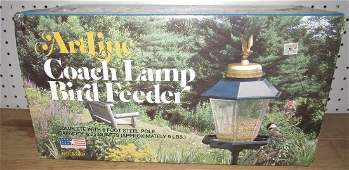 Artline Coach Lamp Bird Feeder New in Box