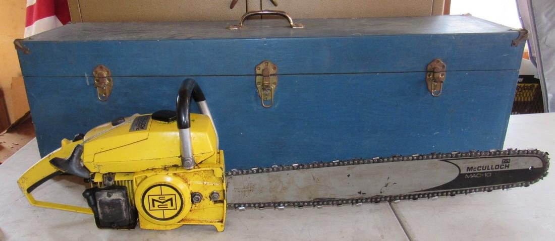 Vintage McCulloch 7-10 Chainsaw with 24\