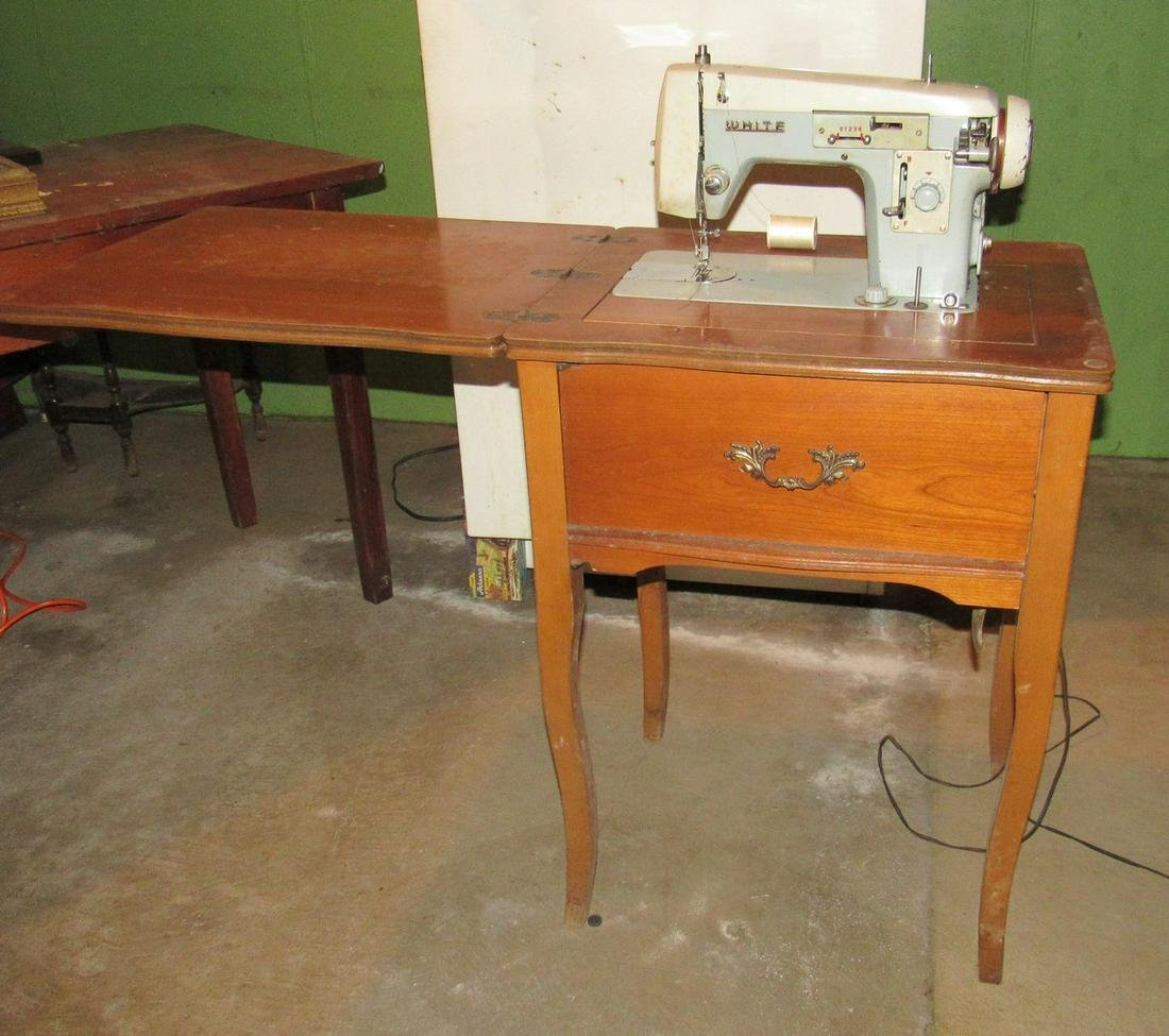 Vintage White Sewing Machine with Thread and Misc